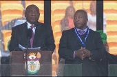 Mandela memorial signer makes headlines