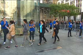 iPhone frenzy sweeps across the country