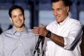 Romney appeals to Hispanics