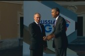 Obama greeted by Putin ahead of summit