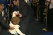 Rubio saves Nancy Reagan from fall