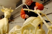 Butter sculptor dies at age 81