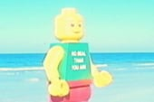 Lego-man mysteriously shows up on beach