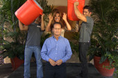 José Díaz-Balart accepts ice bucket challenge