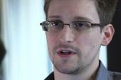 Snowden rumor grounds plane