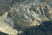 14 people dead in Washington mudslide