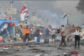 Egypt military meets protest with deadly...