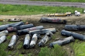 Exploding oil railcars trigger new advisory