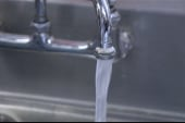 New tainted water fears shut schools in W.Va.
