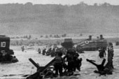 The story behind iconic D-Day photos