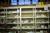 CVS to pull tobacco products from its shelves