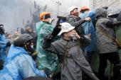 Engel: Ukrainian protesters attack police
