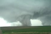 'Jaw-dropping': Twin tornadoes hit Nebraska