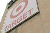 Target CEO apologizes for data breach