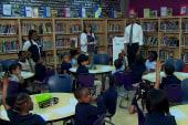 Obama visits schoolchildren in Maryland