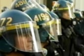 Oakland police clear occupy Wall St. camp