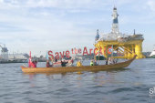 'Kayaktivists' fight Shell's Arctic plan