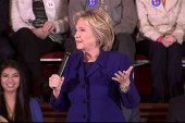 Clinton touts foreign policy experience in NV