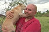 Family survives devastating TX tornado