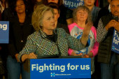 Clinton speaks at grassroots campaign