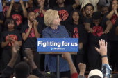 Clinton: Economy does better with Dem in WH