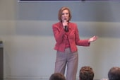 Fiorina fiercely attacks Clinton at town hall