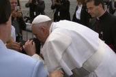 Pope blesses disabled boy in Philadelphia