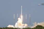 Blastoff! SpaceX's Falcon 9 rocket launches