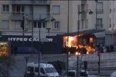 Authorities storm Paris supermarket