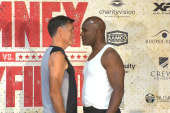 Romney weighs in ahead of bout with Holyfield