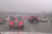 Hail storm pummels rush hour in Minnesota