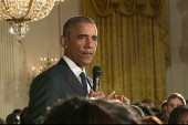 Obama surprises college-bound students at WH