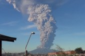 Calbuco volcano spews ash, lava over Chile