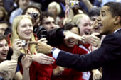 Obama facing enthusiasm gap with youth...
