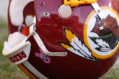Lawmakers want Redskins to change their name