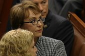 Gabby Giffords gives America moment of unity