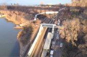 Metro North trains derail in NY