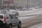 Crippling winter storm climbs up East Coast