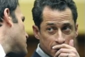 Weiner under fire for exchange with minor