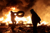 Kiev protests call for 'Liberation Day'