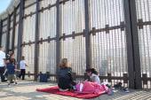 Photographer documents border struggle