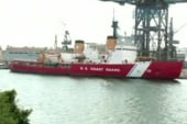 US icebreaker heading to trapped ships