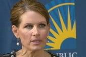 Bachmann campaign crumbling? N.H. staff quits