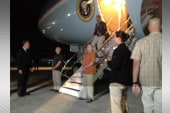 Obama makes surprise visit to Afghanistan
