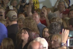 Pushing, shoving in crowd at Cruz rally