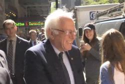 Sanders takes a stroll in Manhattan ahead...