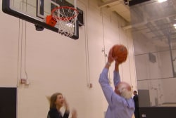 Sanders shoots hoops with NBC's Jansing