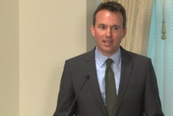 Eric Fanning gets officially sworn in