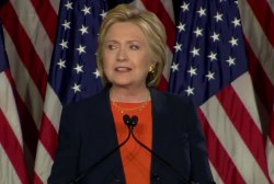 Clinton lays out foreign policy vision