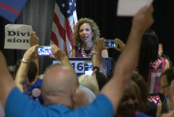 Crowd Boos Debbie Wasserman Schultz in PA